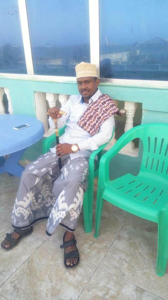 His Royal Highnes King Abdirashiid  King Omar Sanweyne crowned in Banderqasim, Puntland.